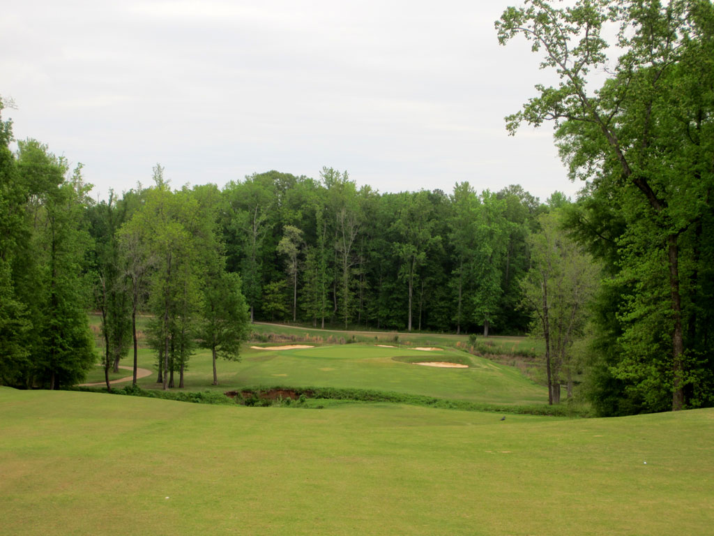 16th Hole at Auburn University Club (580 Yard Par 5)