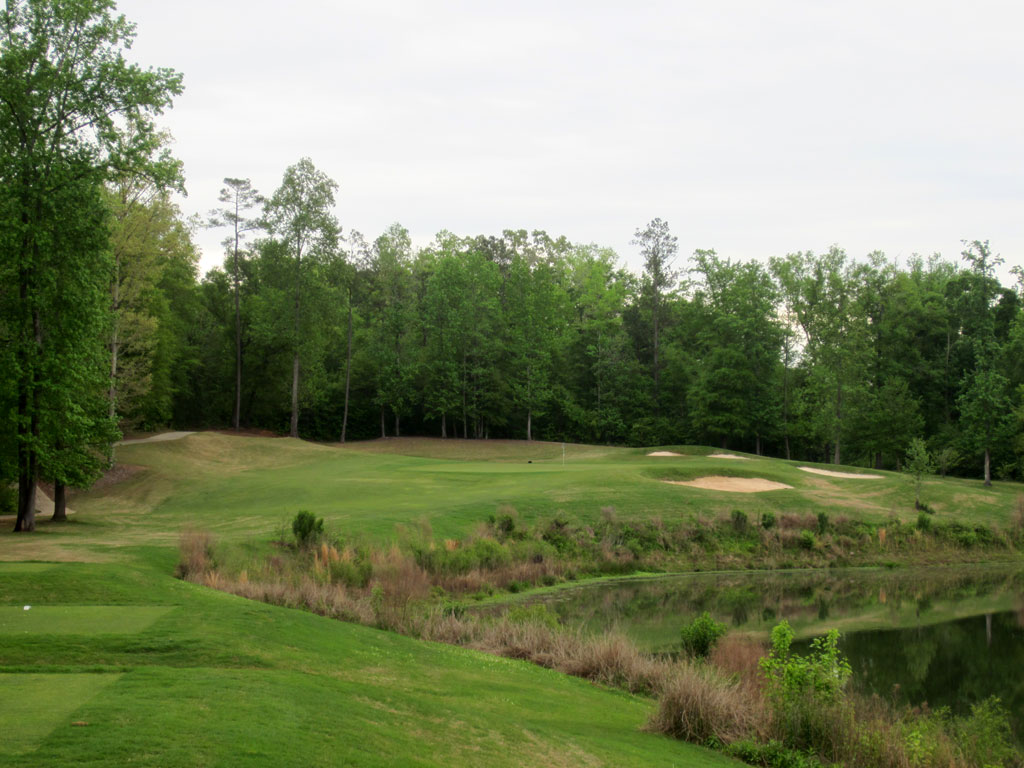 17th Hole at Auburn University Club (208 Yard Par 3)