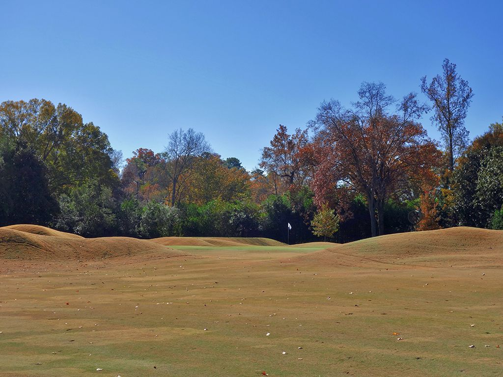 12th Hole at Country Club of Birmingham (West) (339 Yard Par 4)