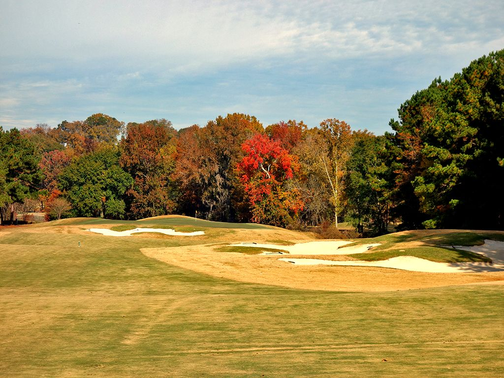 10th Hole at Robert Trent Jones Golf Trail at Capitol Hill (Judge) (711 Yard Par 5)