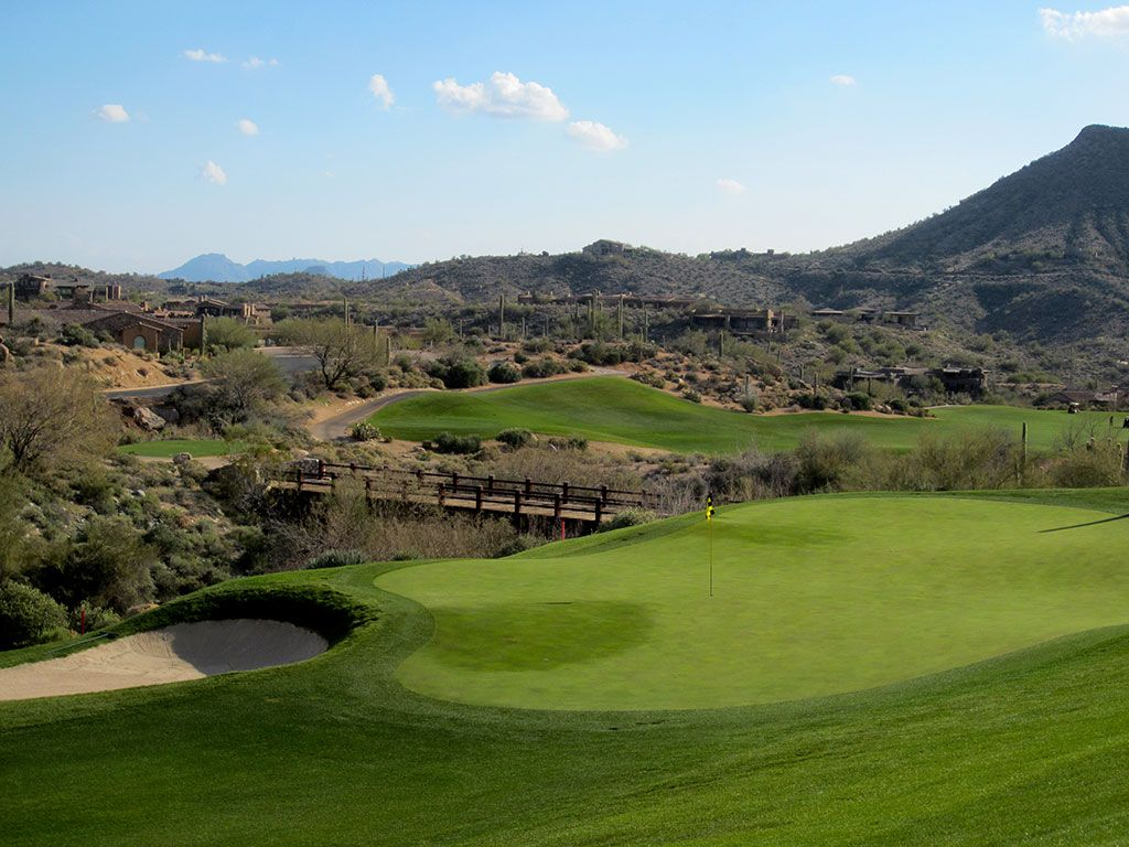 10th Hole at Desert Mountain (Chiricahua) (482 Yard Par 4)