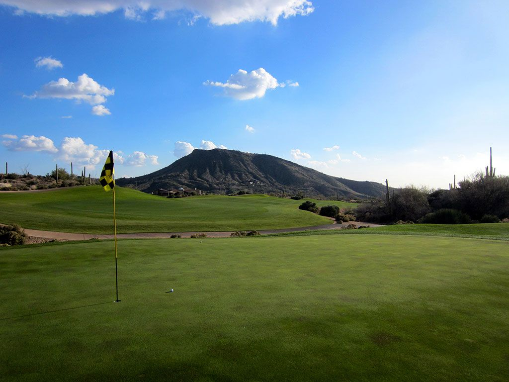 13th Hole at Desert Mountain (Chiricahua) (416 Yard Par 4)