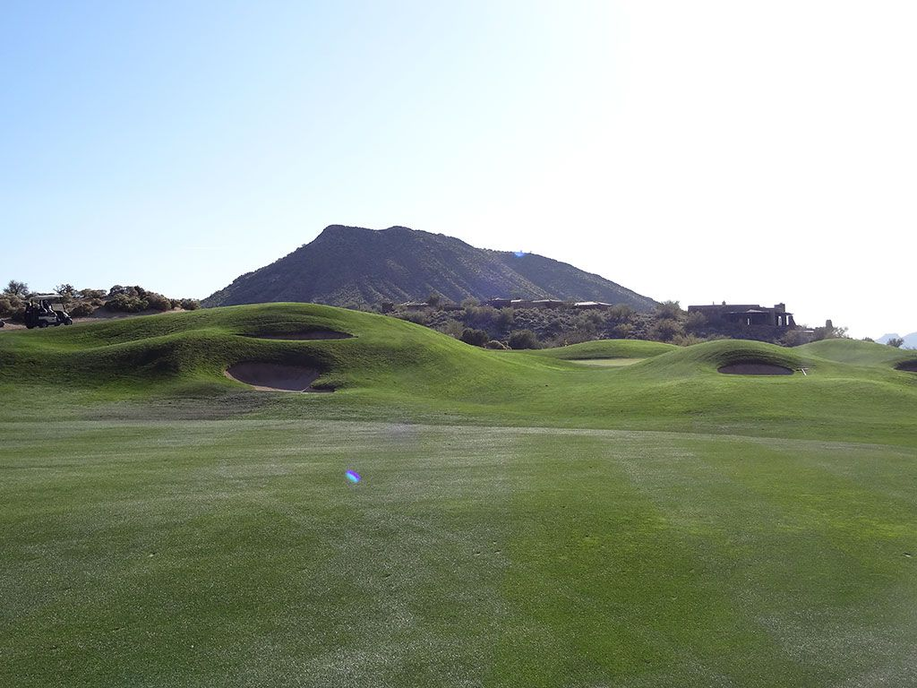 12th Hole at Desert Mountain (Geronimo) (564 Yard Par 5)