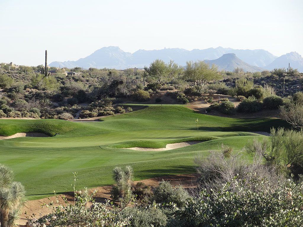 16th Hole at Desert Mountain Golf Club (Geronimo) (497 Yard Par 4)