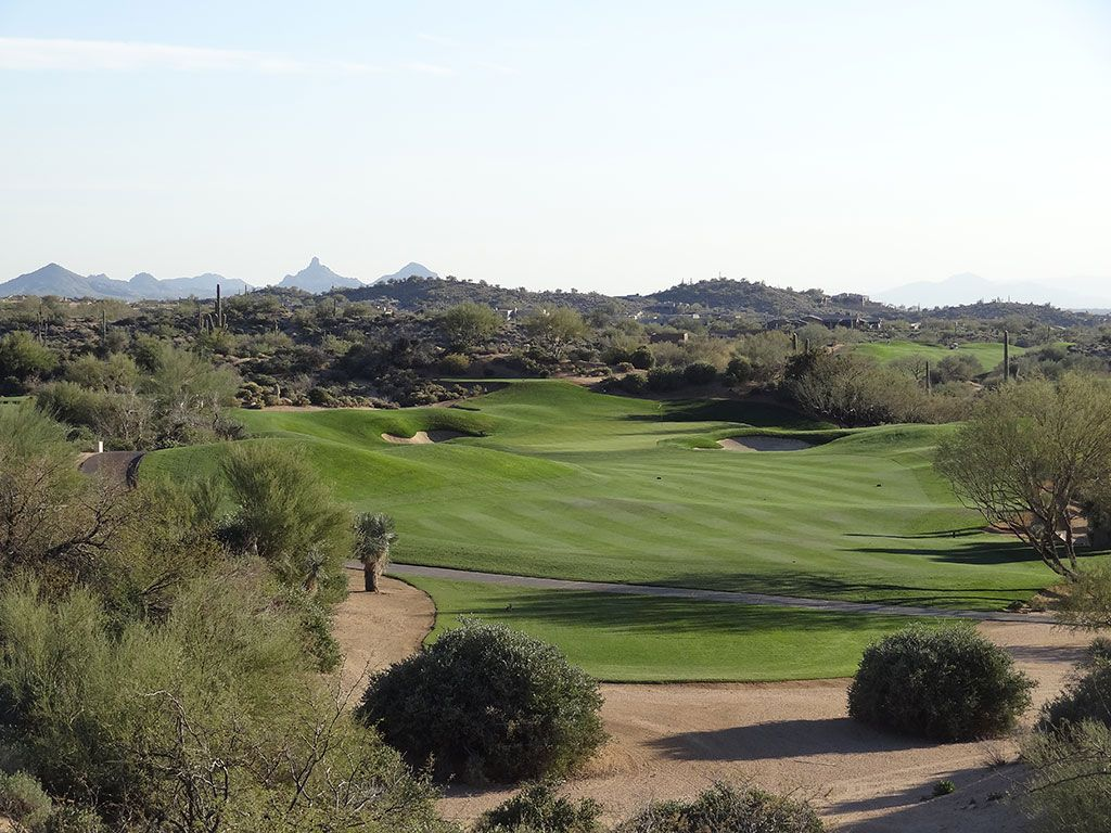 16th Hole at Desert Mountain (Geronimo) (497 Yard Par 4)