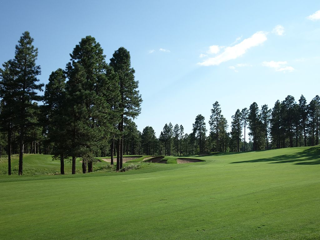 4th Hole at Pine Canyon Club (520 Yard Par 5)