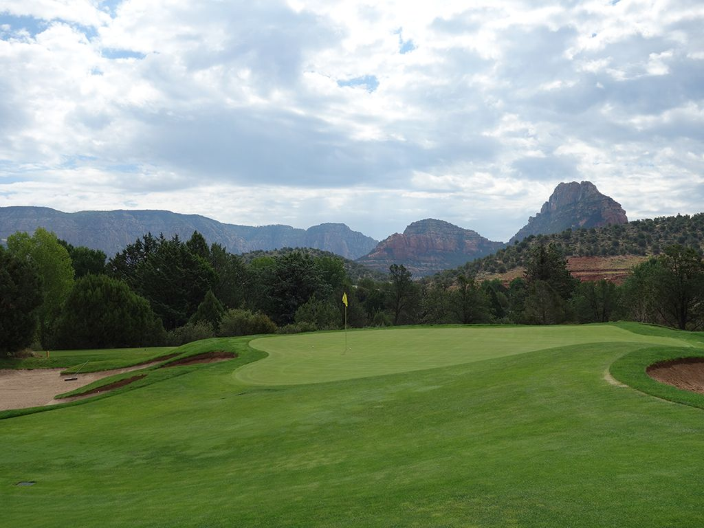 12th Hole at Seven Canyons Golf Club (305 Yard Par 4)