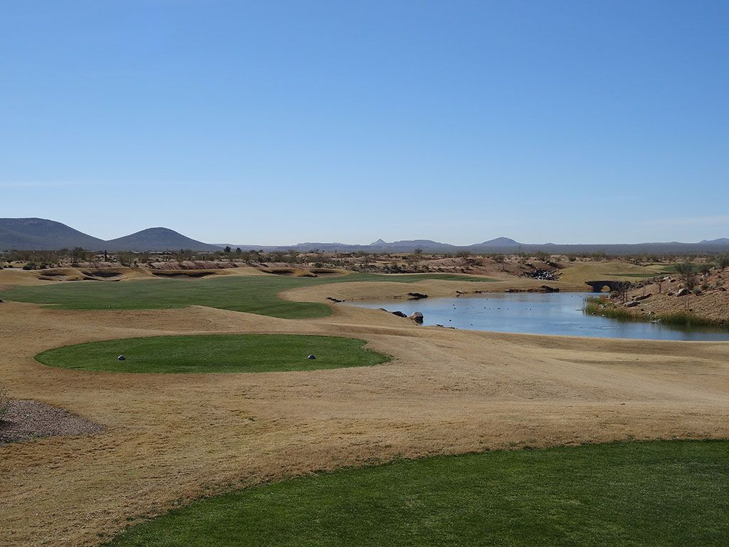 10th Hole at Sewailo Golf Club (638 Yard Par 5)