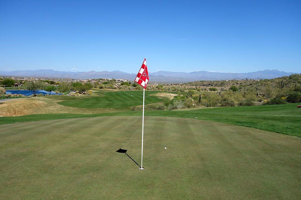 18th Hole at SunRidge Canyon Golf Club (432 Yard Par 4)