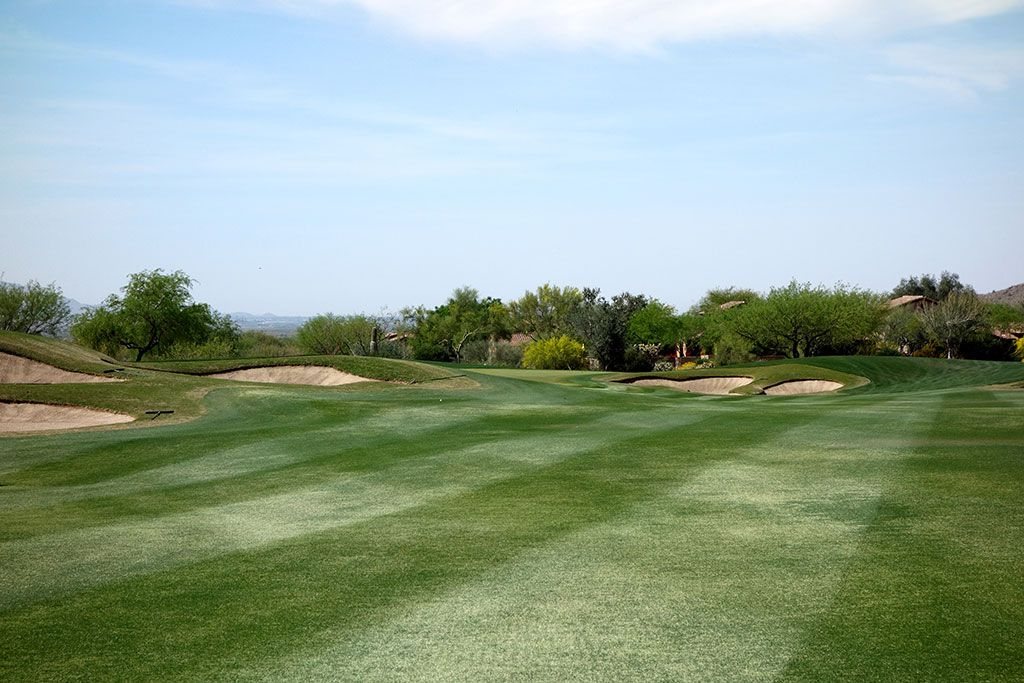 16th Hole at Superstition Mountain Golf Club (Lost Gold) (622 Yard Par 5)
