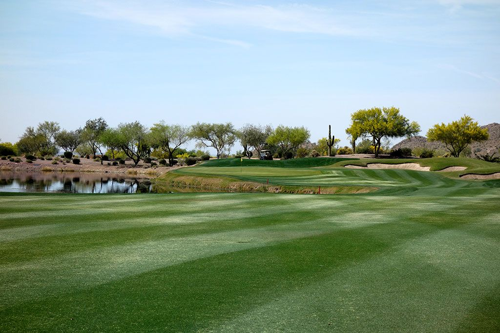 18th Hole at Superstition Mountain Golf Club (Lost Gold) (467 Yard Par 4)