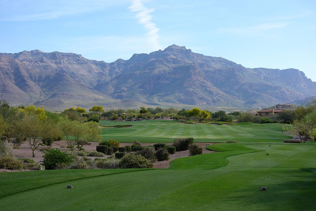 9th Hole at Superstition Mountain Golf Club (Lost Gold) (409 Yard Par 4)