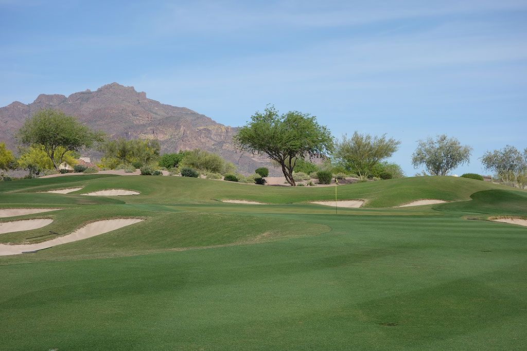 14th Hole at Superstition Mountain (Prospector) (331 Yard Par 4)