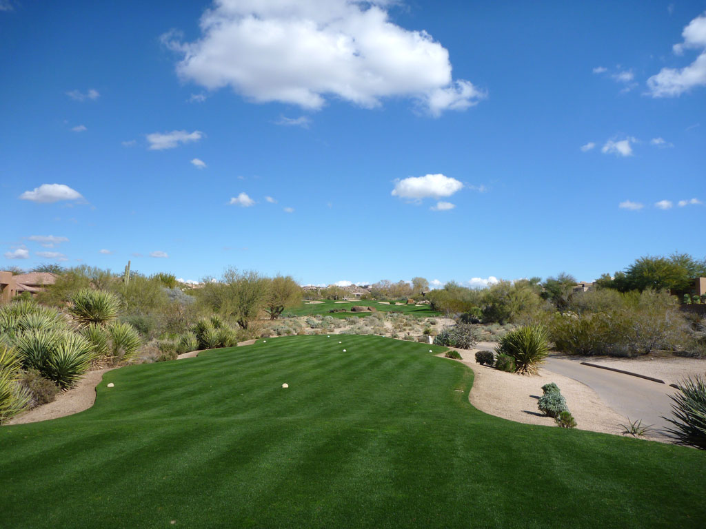 6th Hole at Troon North (Monument) (306 Yard Par 4)