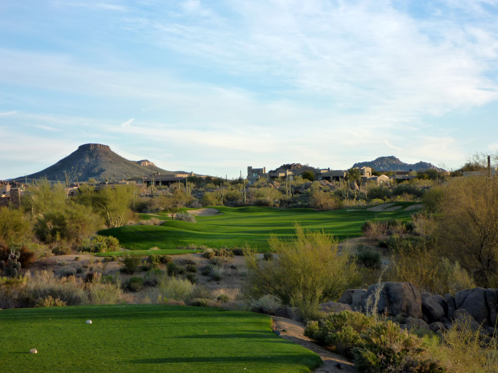 1st Hole at Troon North (Pinnacle) (392 Yard Par 4)