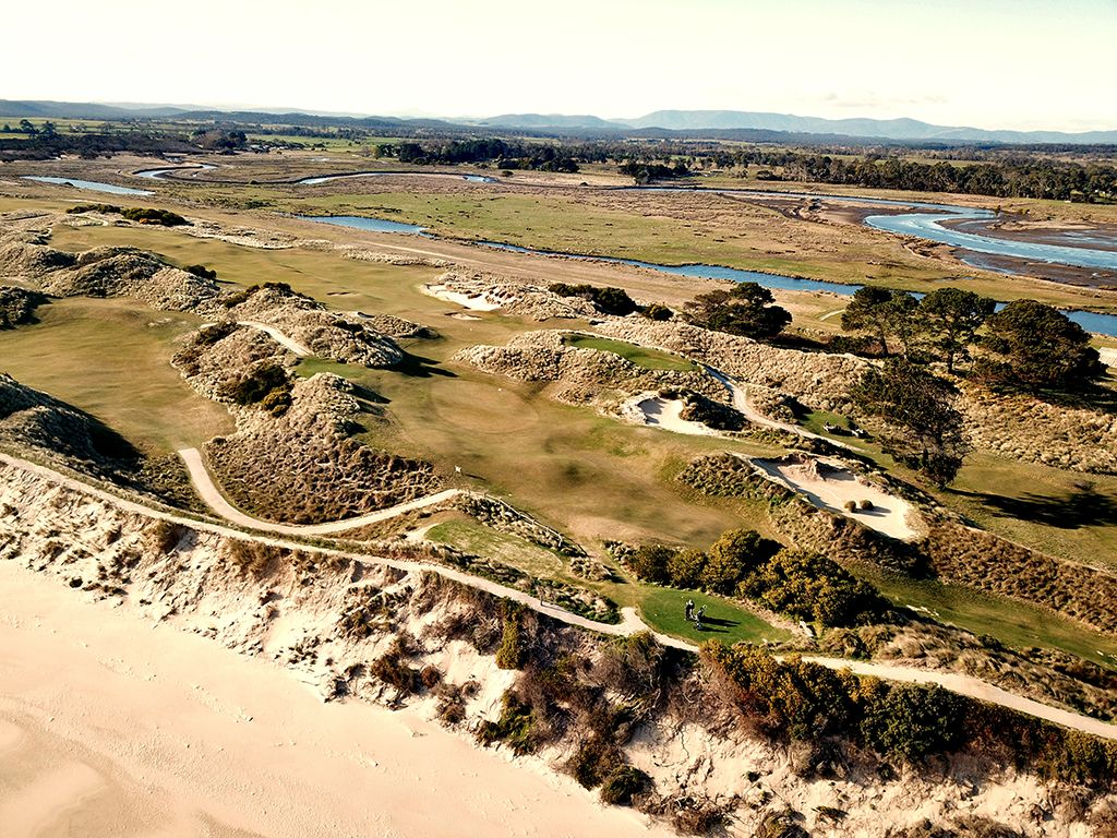 5th Hole at Barnbougle (Dunes) (220 Yard Par 3)