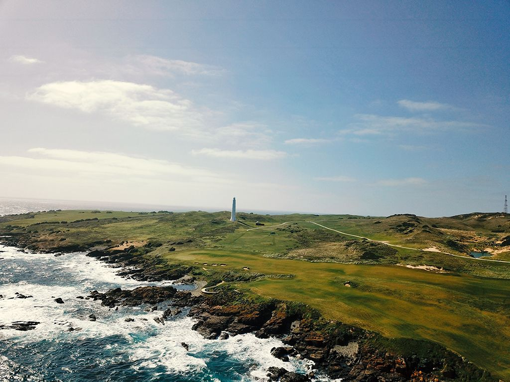 15th Hole at Cape Wickham Links (582 Yard Par 5)