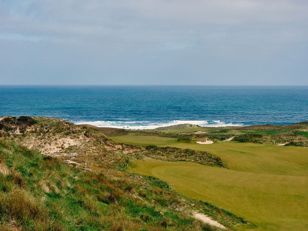9th Hole at Cape Wickham Links (534 Yard Par 5)