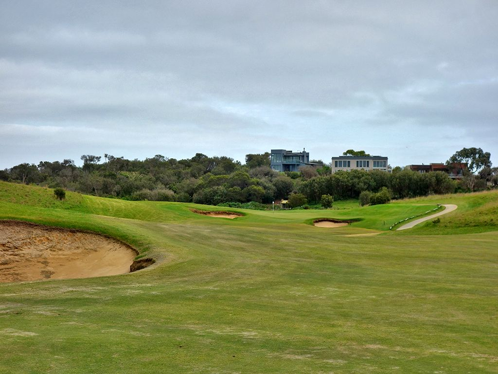 10th Hole at Moonah Links Resort (Open) (464 Yard Par 4)