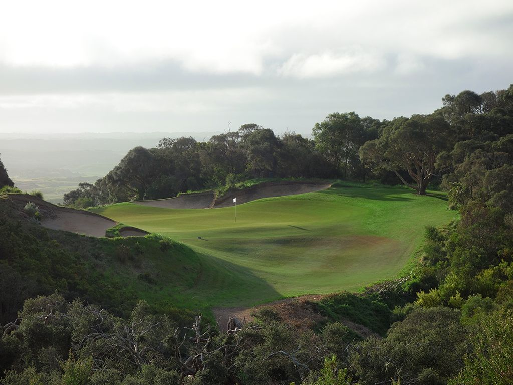 16th Hole at National Golf Club (Old) (184 Yard Par 3)