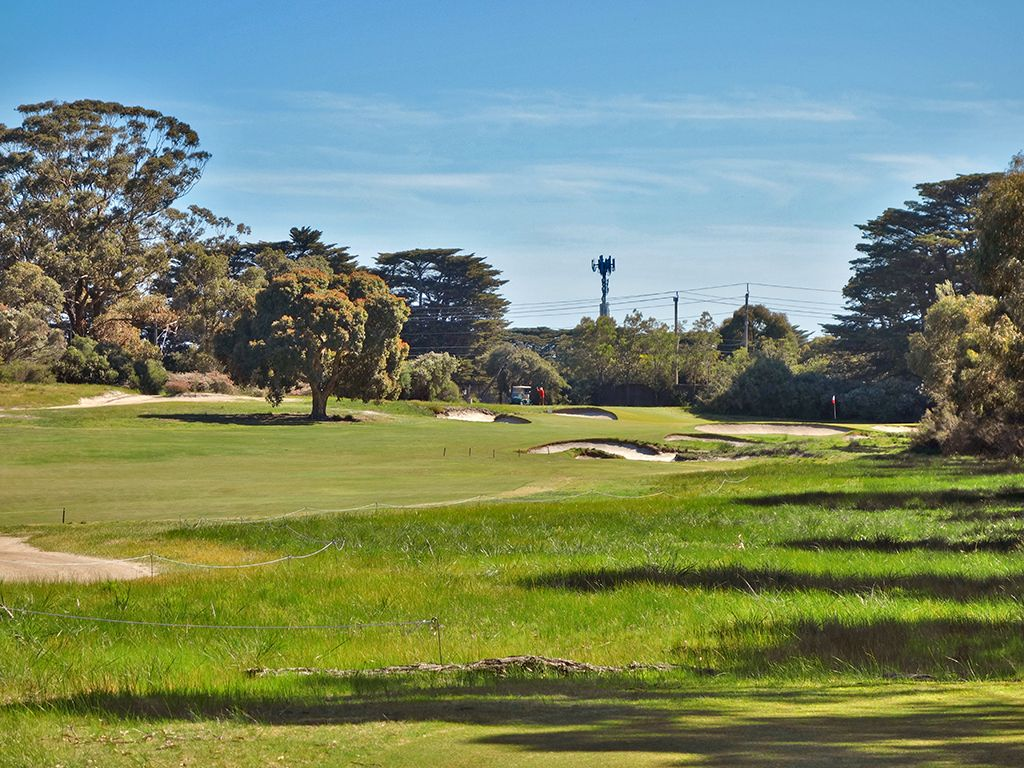 15th Hole at Royal Melbourne Golf Club (East) (303 Yard Par 4)