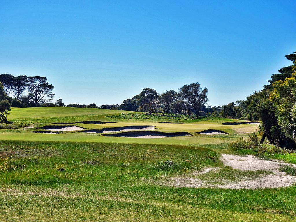 16th Hole at Royal Melbourne Golf Club (East) (165 Yard Par 3)