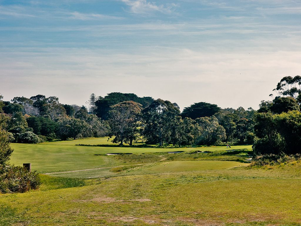 4th Hole at Royal Melbourne Golf Club (Presidents Cup) (439 Yard Par 4)