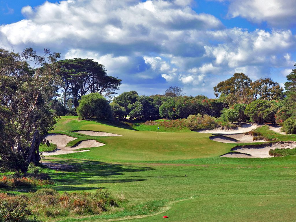 5th Hole at Royal Melbourne (West)