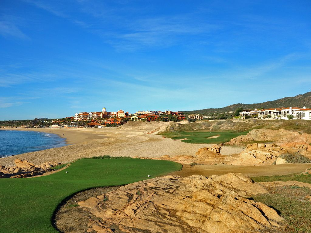 The 7th hole at the Ocean course at Cabo del Sol