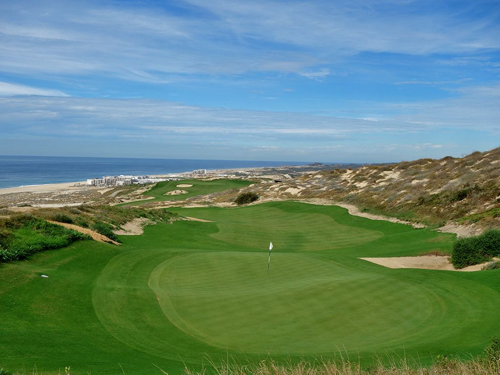 14th Hole at Quivira Golf Club (355 Yard Par 4)