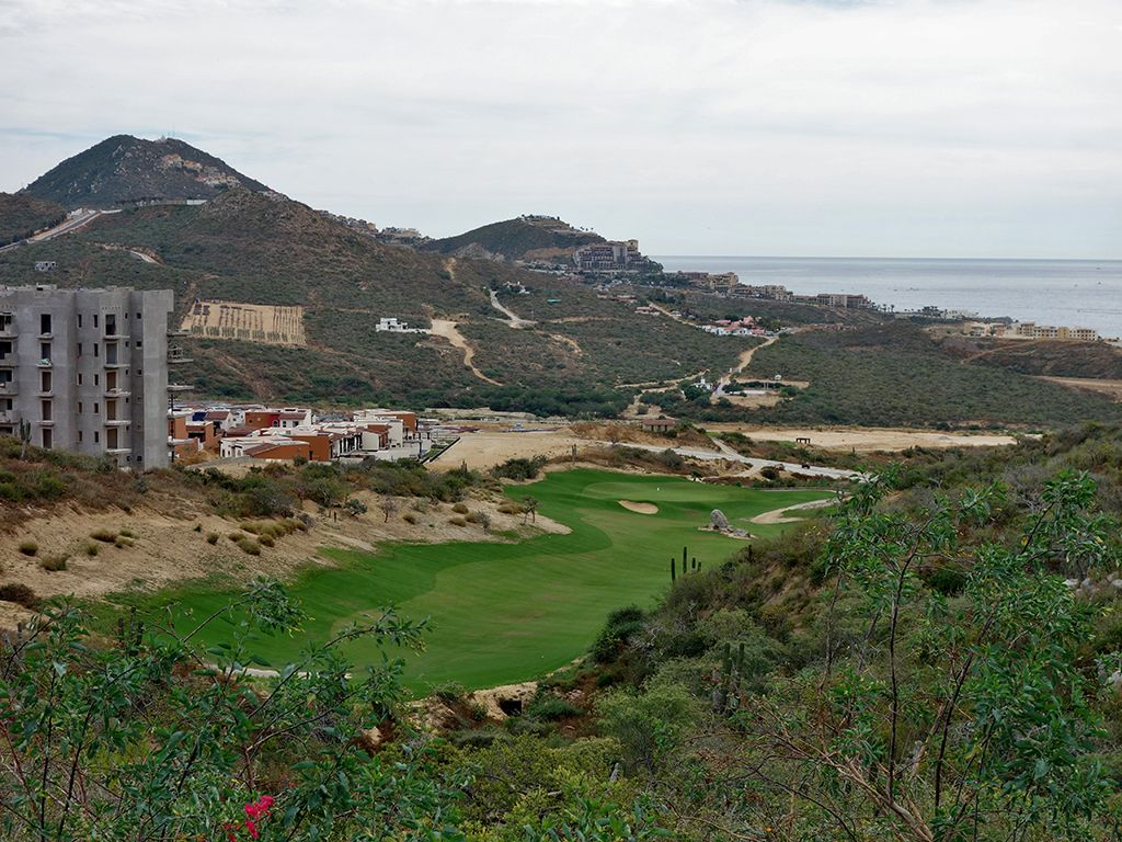 16th Hole at Quivira Golf Club (493 Yard Par 4)
