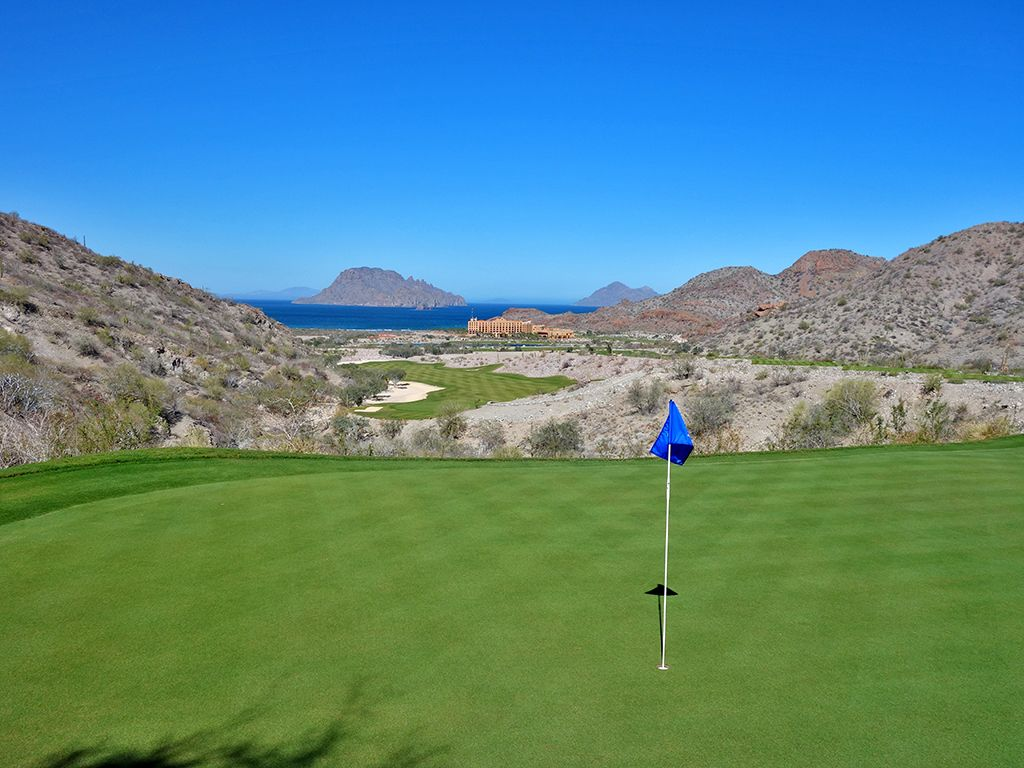 3rd Hole at TPC Danzante Bay (207 Yard Par 3)