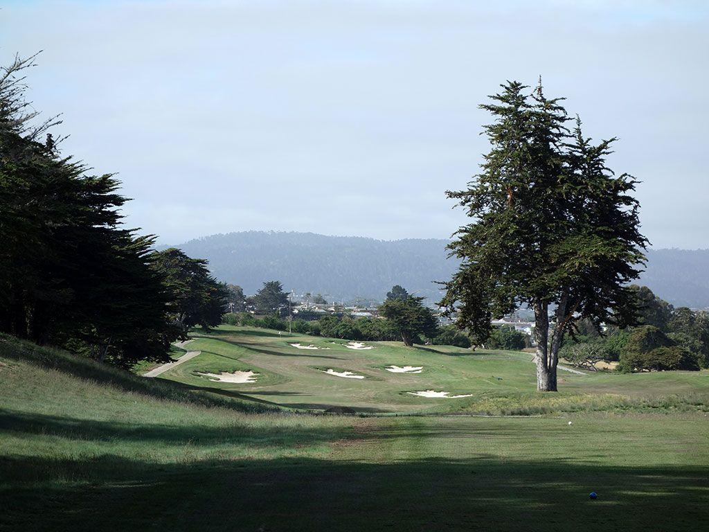 8th Hole at Black Horse Golf Club (550 Yard Par 5)