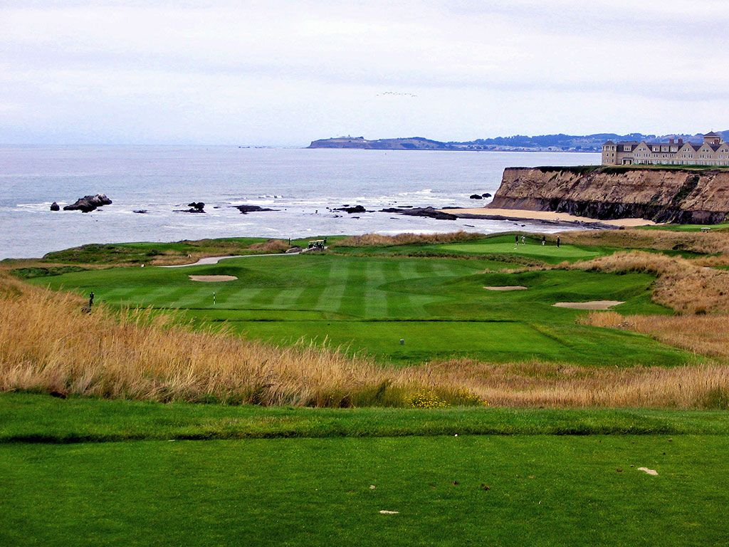 16th Hole at Half Moon Bay (Ocean) (403 Yard Par 4)
