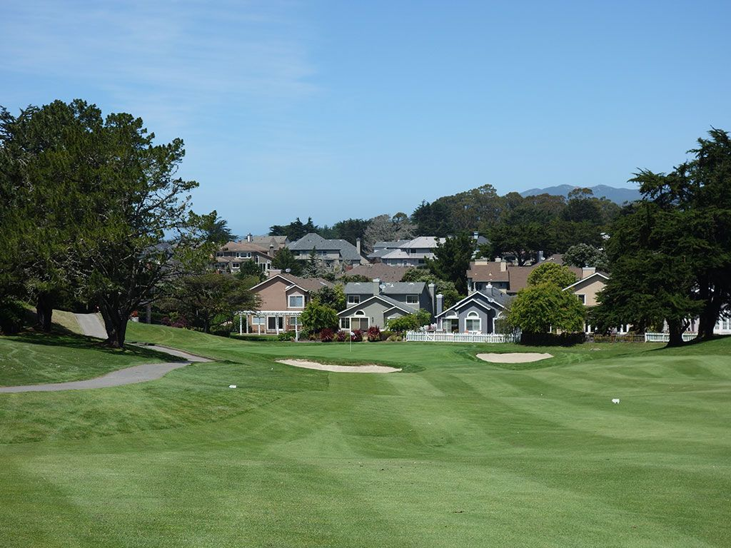 8th Hole at Half Moon Bay (Old) (449 Yard Par 4)