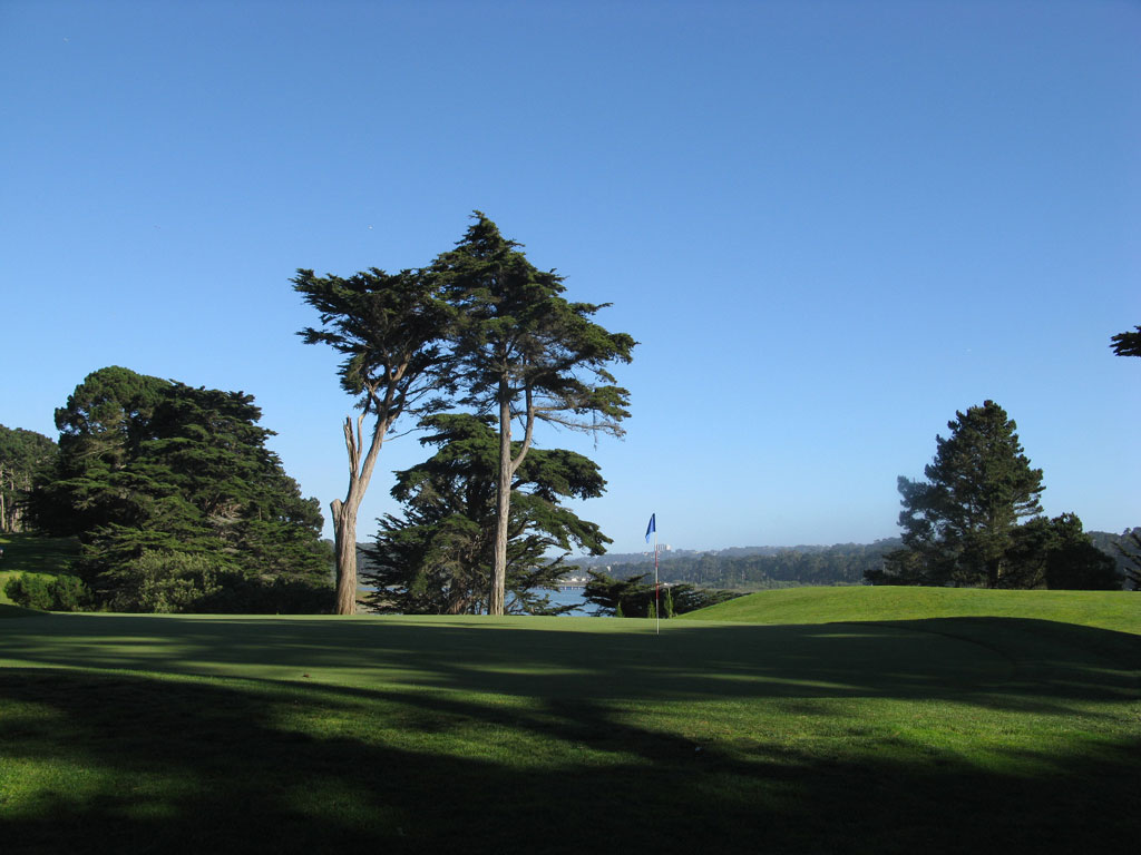 15th Hole at TPC Harding Park (405 Yard Par 4)