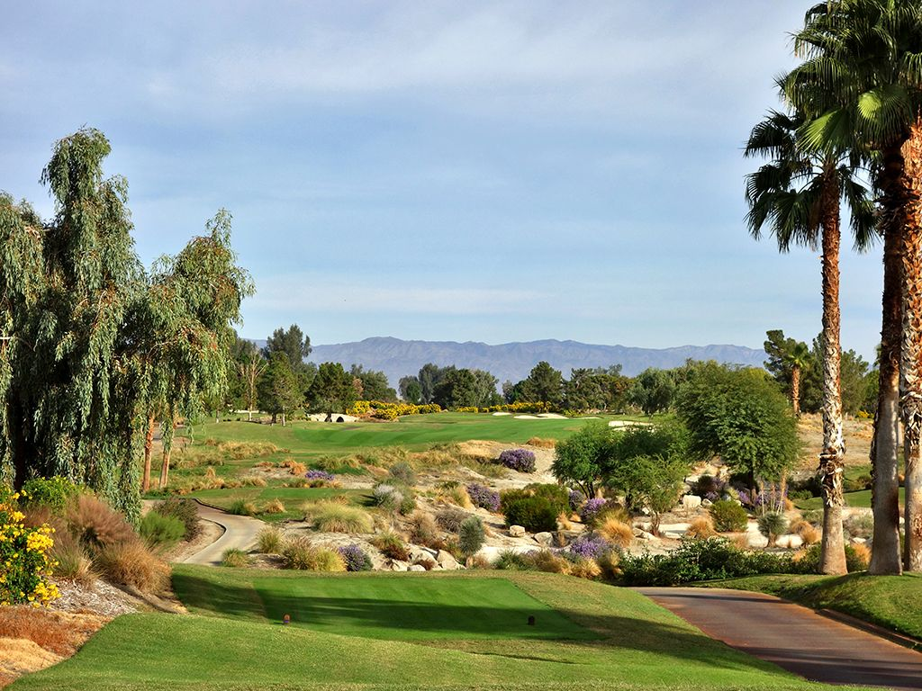 9th Hole at Indian Wells Resort (Players) (626 Yard Par 5)