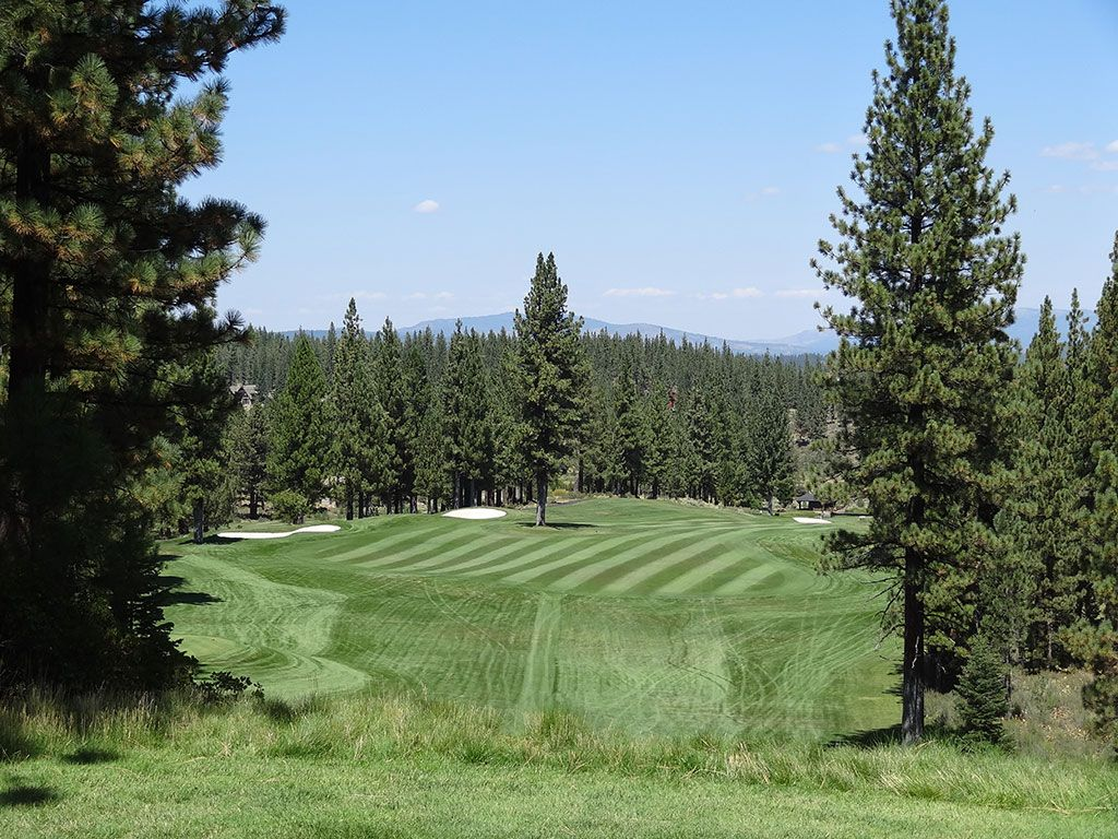 12th Hole at Lahontan Golf Club (594 Yard Par 5)
