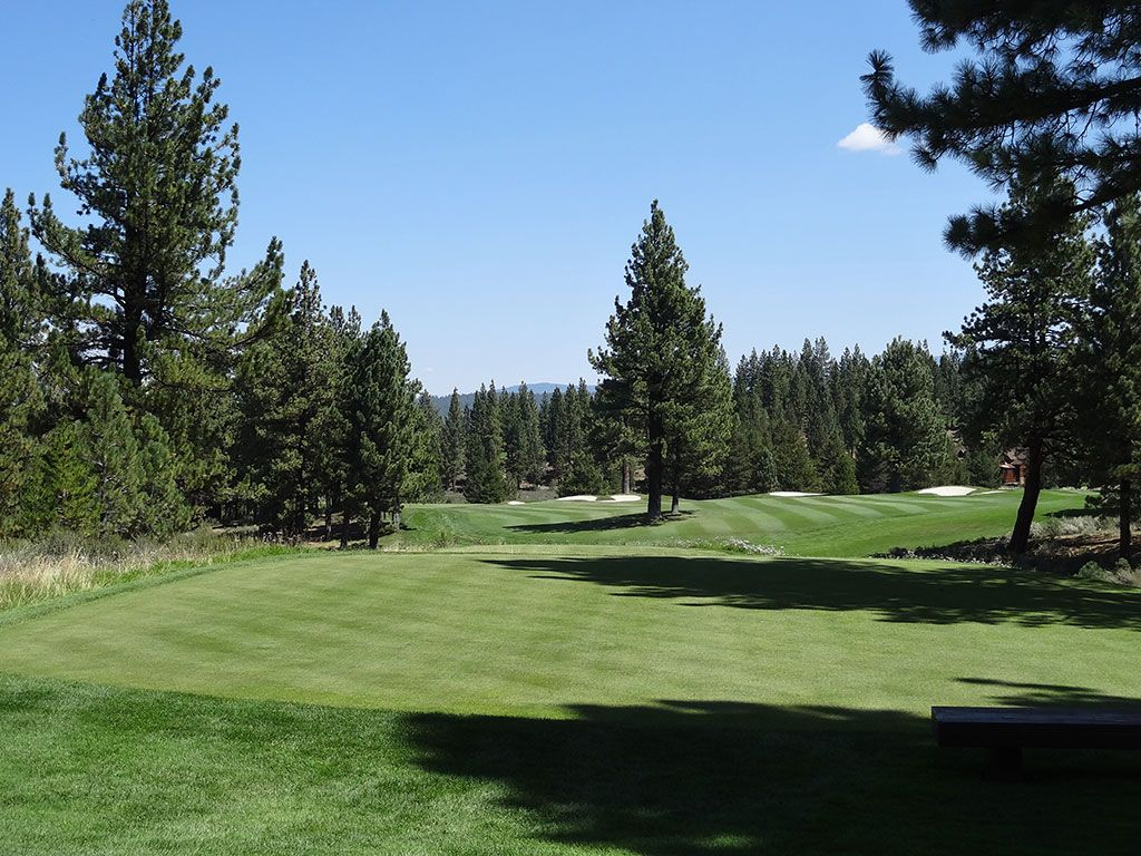9th Hole at Lahontan Golf Club (348 Yard Par 4)