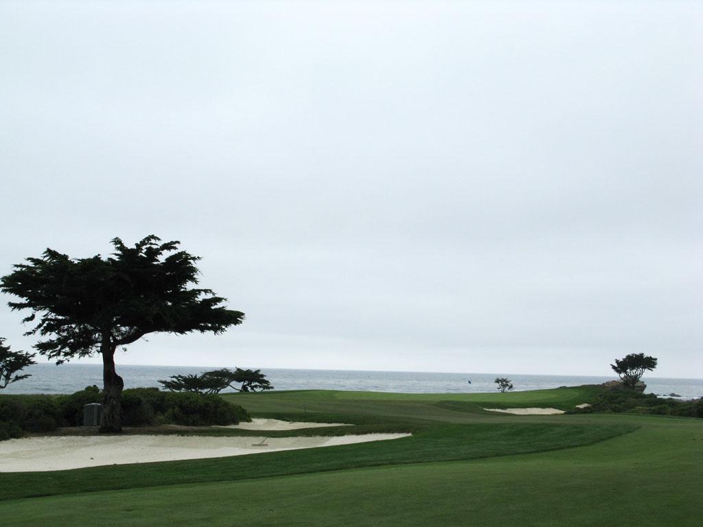 15th Hole at Monterey Peninsula CC (Shore) (415 Yard Par 4)