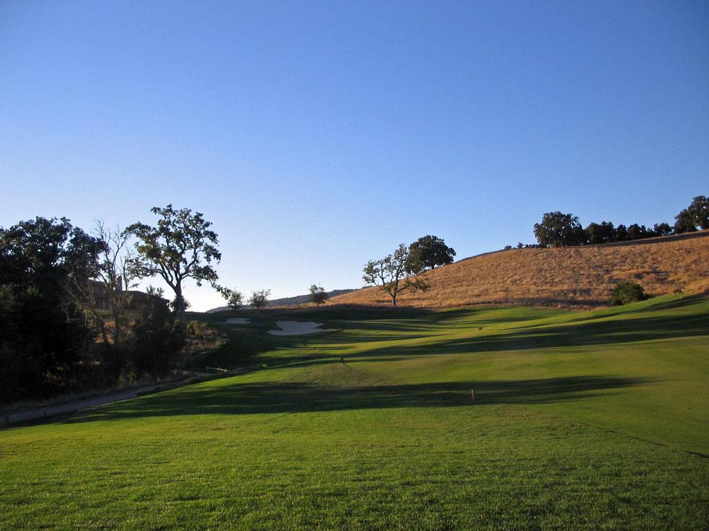 18th Hole at Preserve Golf Club (450 Yard Par 4)