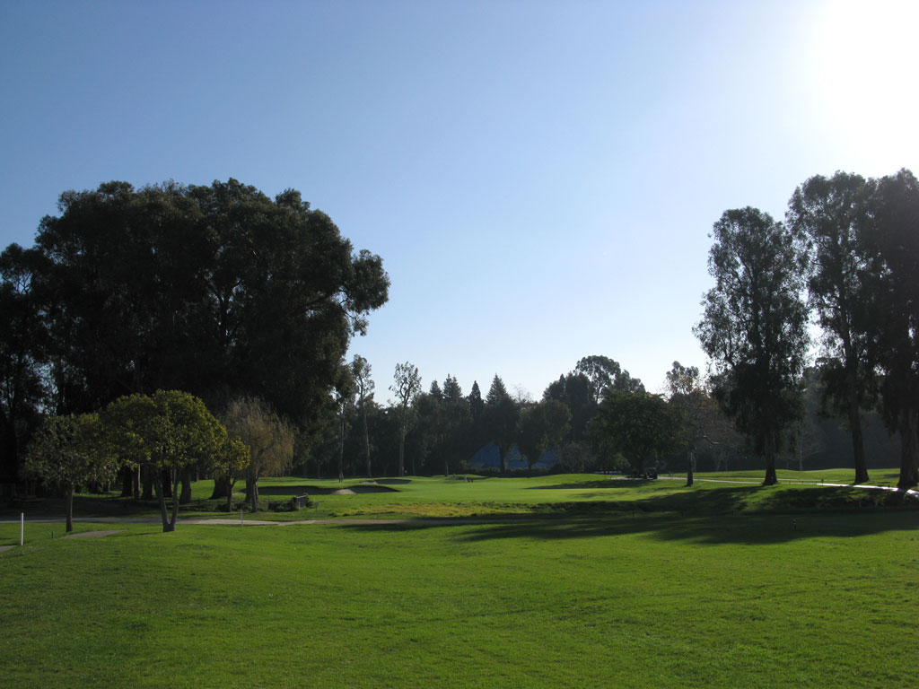 1st Hole at Riviera Country Club (503 Yard Par 5)