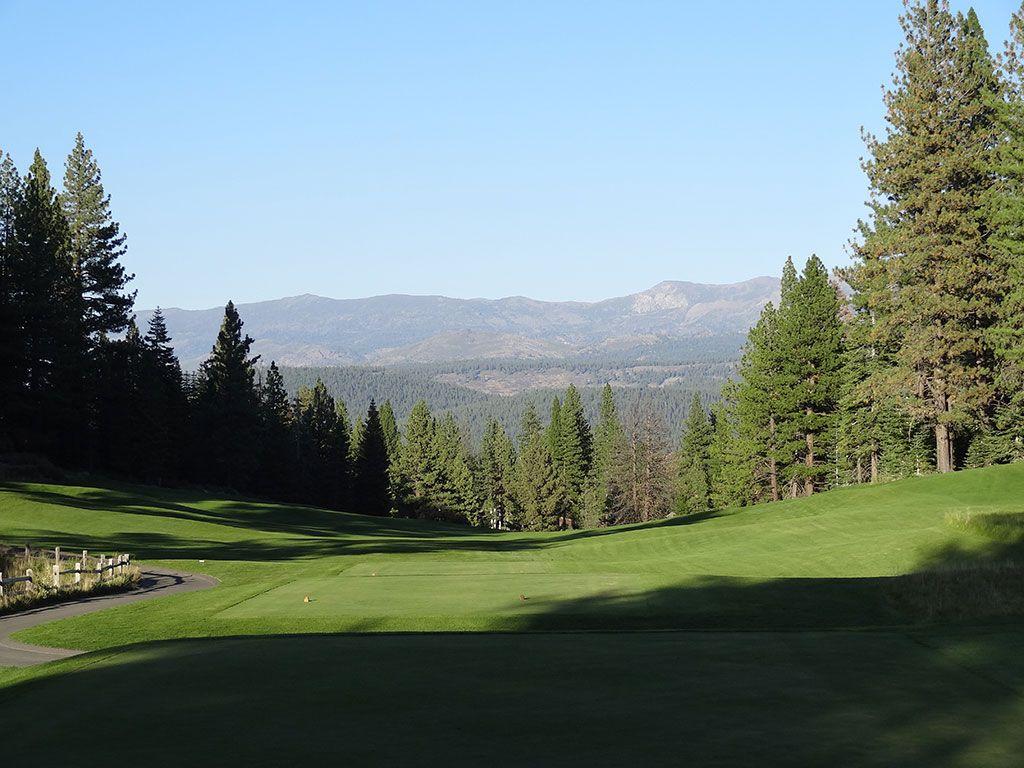 17th Hole at Schaffer's Mill Golf Club (435 Yard Par 4)