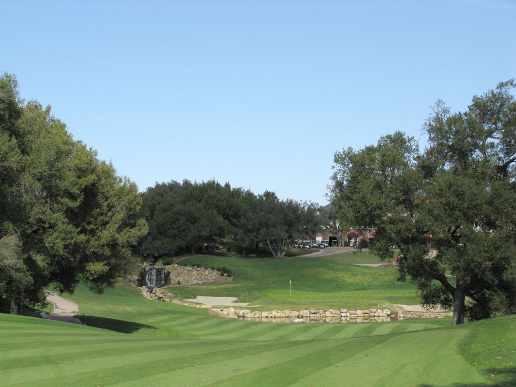 18th Hole at Sherwood Country Club (446 Yard Par 4)