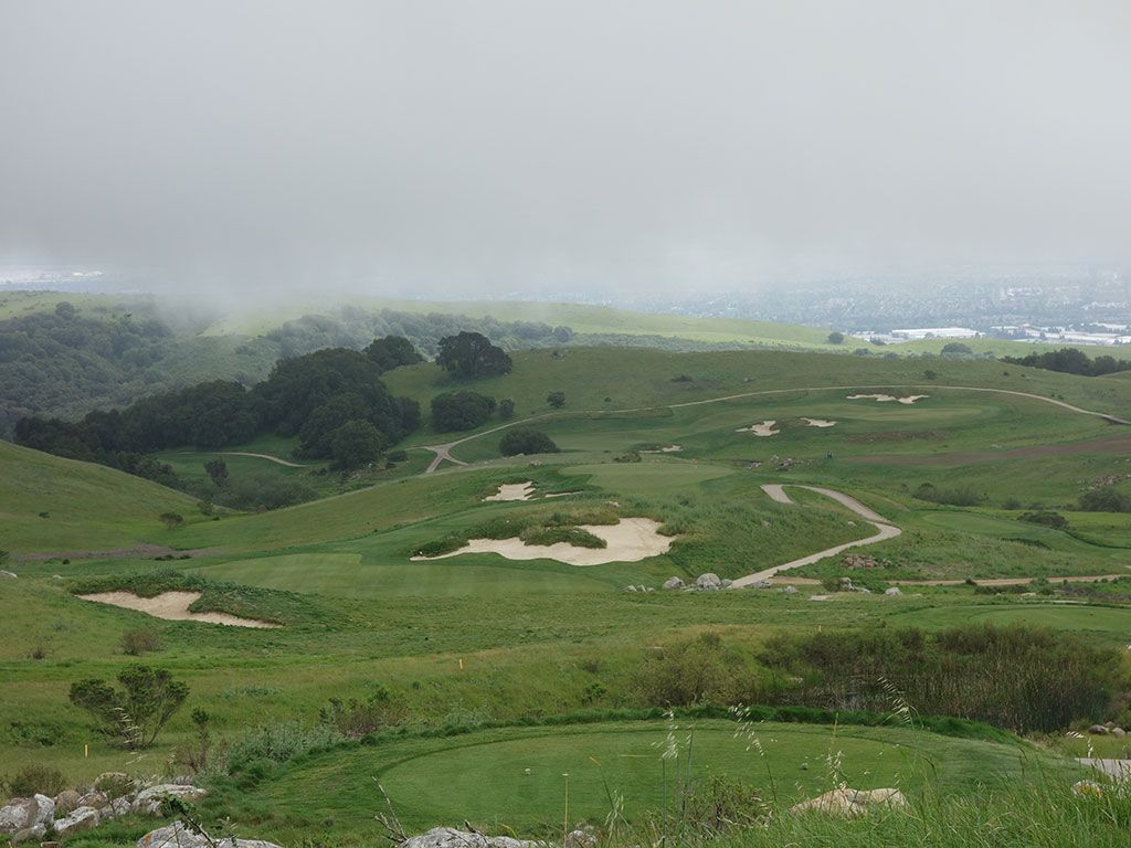 10th Hole at TPC Stonebrae (437 Yard Par 4)