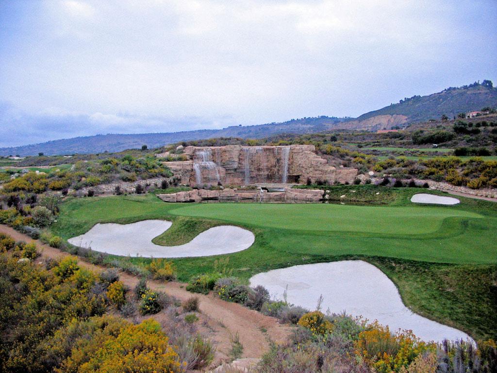 17th Hole at Trump National Golf Club Los Angeles (238 Yard Par 3)