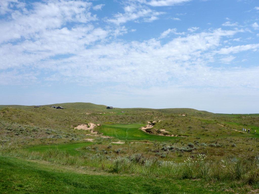 15th Hole at Ballyneal Golf Club (237 Yard Par 3)