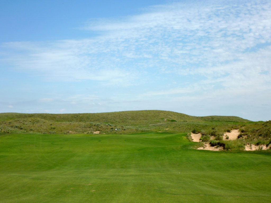 17th Hole at Ballyneal Golf Club (481 Yard Par 4)