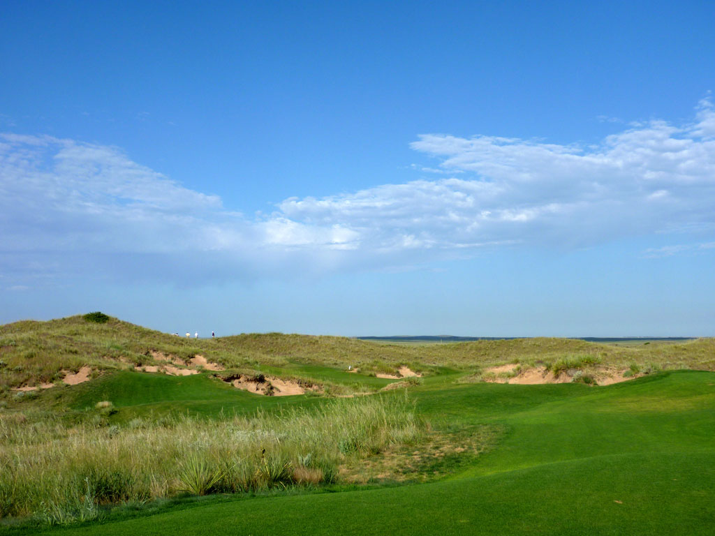 3rd Hole at Ballyneal Golf Club (145 Yard Par 3)