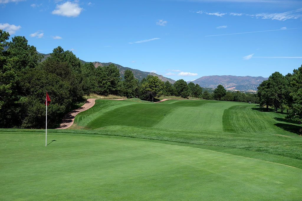 7th Hole at Broadmoor Resort (East) (482 Yard Par 5)